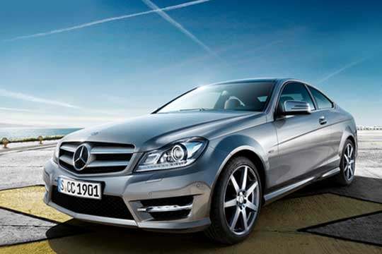 Largest order from eastern europe for mercedes benz trucks for Mercedes benz europe