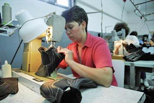 Romaina worker