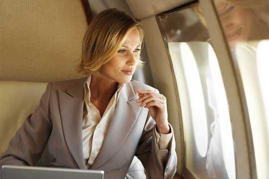 Business peopel travel