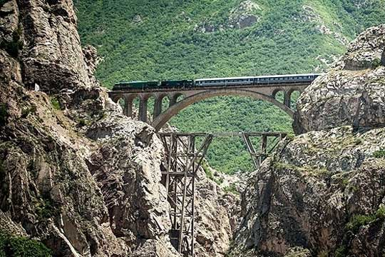 Rasht-Astra railway